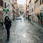 Le reti solidali riempiono il vuoto lasciato dallo Stato in Italia | dall'Internazionale
